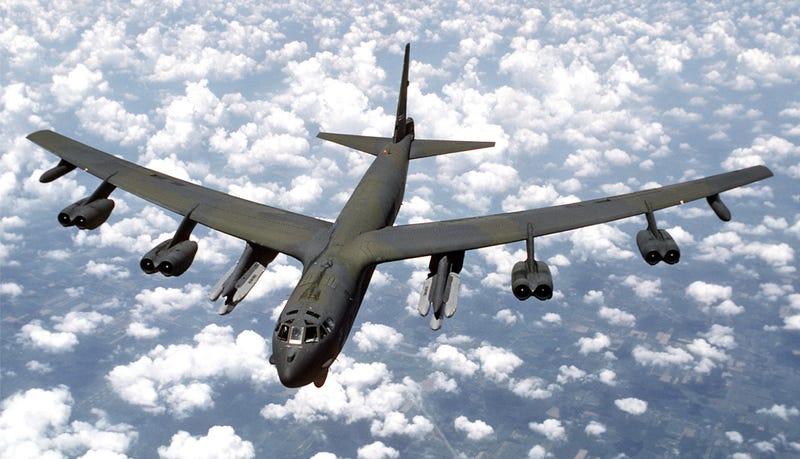 Illustration for article titled Operation Secret Squirrel Saw B-52s Rippling Off Cruise Missiles At Iraq 25 Years Ago