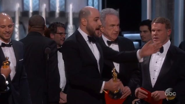 Moonlight Wins Best Picture After La La LandFake-Out Shocker!!!!