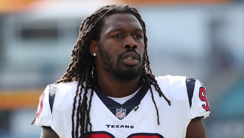 Illustration for article titled Jadeveon Clowney Heads To Seattle In Trade