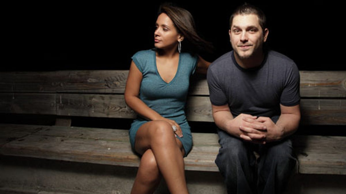 How to Read Body Language to Reveal the Underlying Truth in Almost