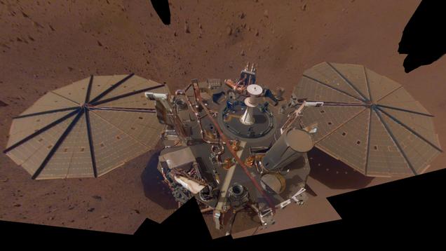 A Dozen  Marsquakes  Clue Scientists In to the Red Planet s Interior