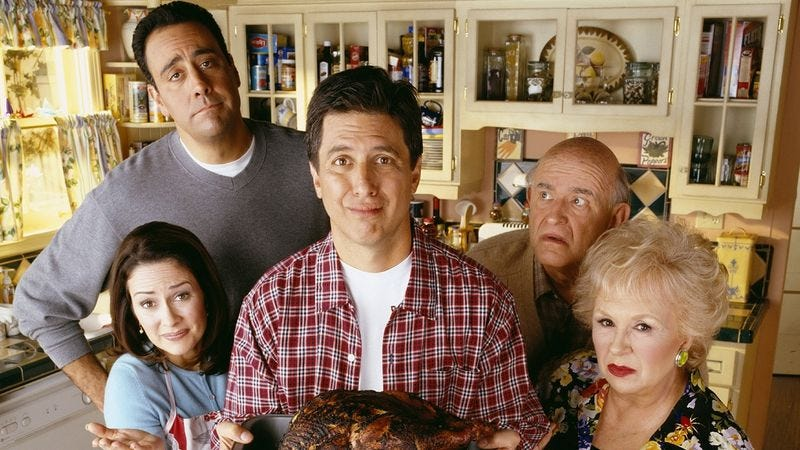 Illustration for article titled Everybody Loves Raymond shouldn't be judged by the sins of its imitators