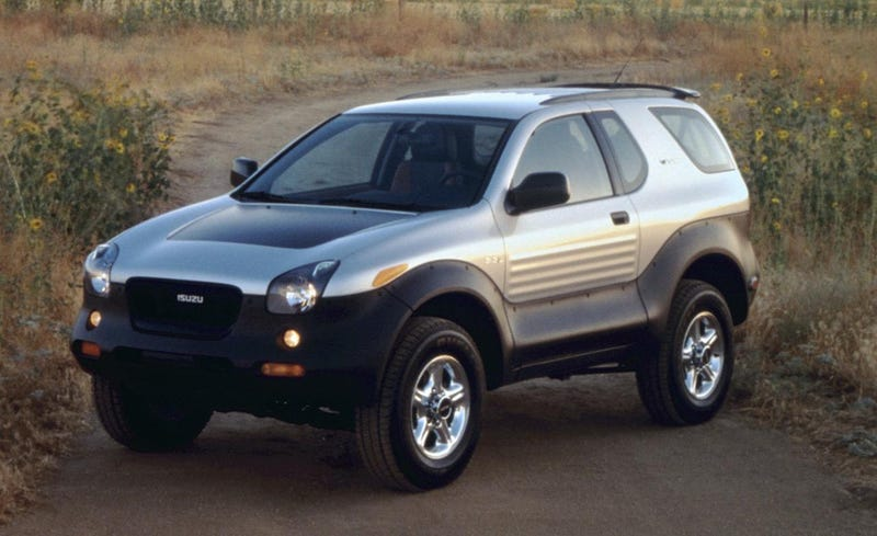 Illustration for article titled Classic Car Focus: 1999 Isuzu VehiCROSS