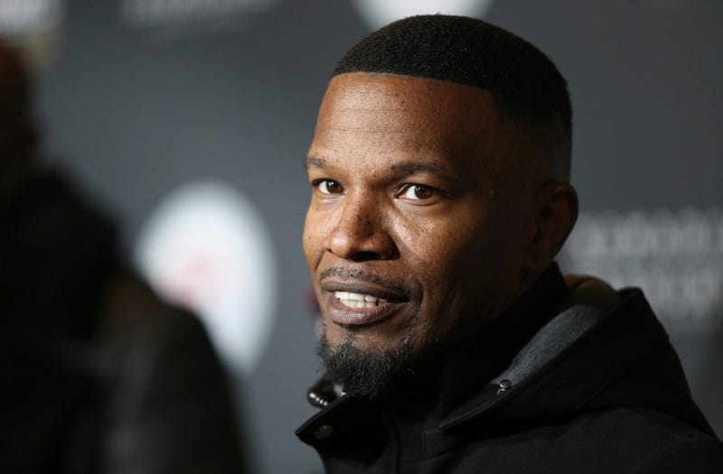 Illustration for article titled Jamie Foxx and Joseph Gordon-Levitt to Star in Netflix Sci-Fi Movie That Is Largely a Mystery