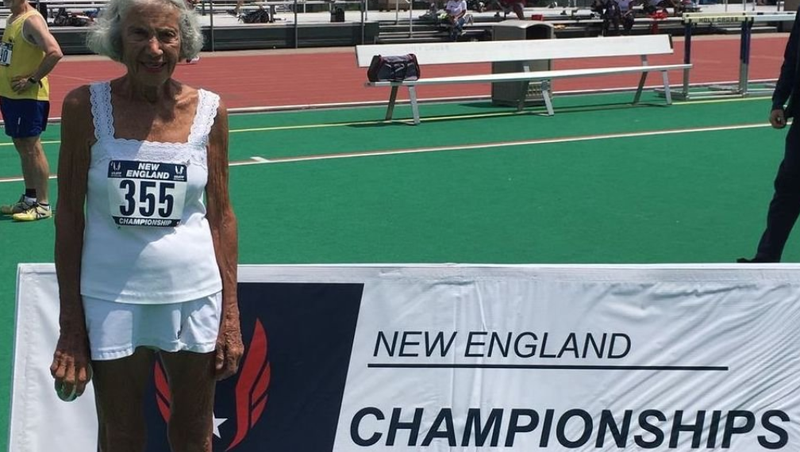 Illustration for article titled Saturday Night Social: Badass 91-Year-Old Diane Hoffman Sets Track and Field World Record