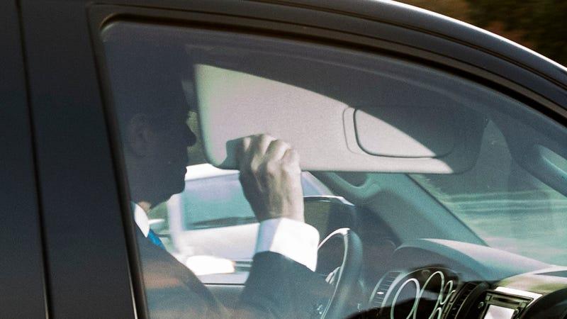 Paul Manafort, surrendering. Image: AP