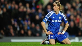 Illustration for article titled Fernando Torres Gets Cuckolded, And Other Videos Of Note From Last Weekend's Premier League Action