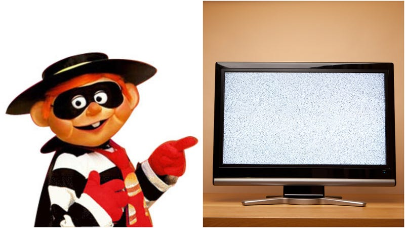 Illustration for article titled Man dressed like cartoon robber clumsily swipes flatscreen from pizza parlor