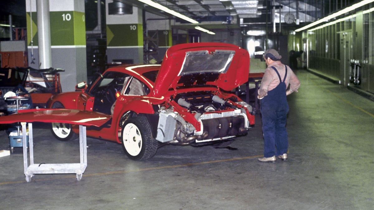 The Porsche 959s History Was Way More Of A Disaster Than You Know Volvo Pv444 Wiring Diagram Vintage Car Electrical