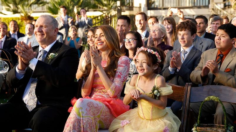 "Illustration for article titled Modern Family ""The Wedding (Part 2)"""