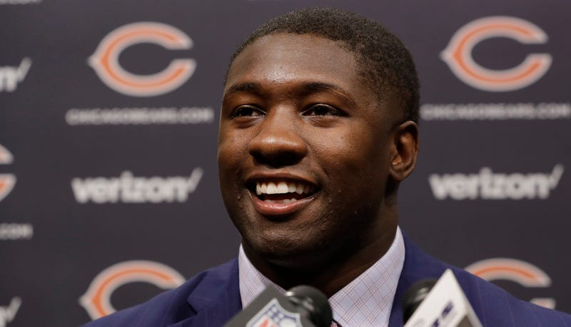 Illustration for article titled Dopey Chicago Sports Columnist Apologizes For Nonsensical Roquan Smith Take