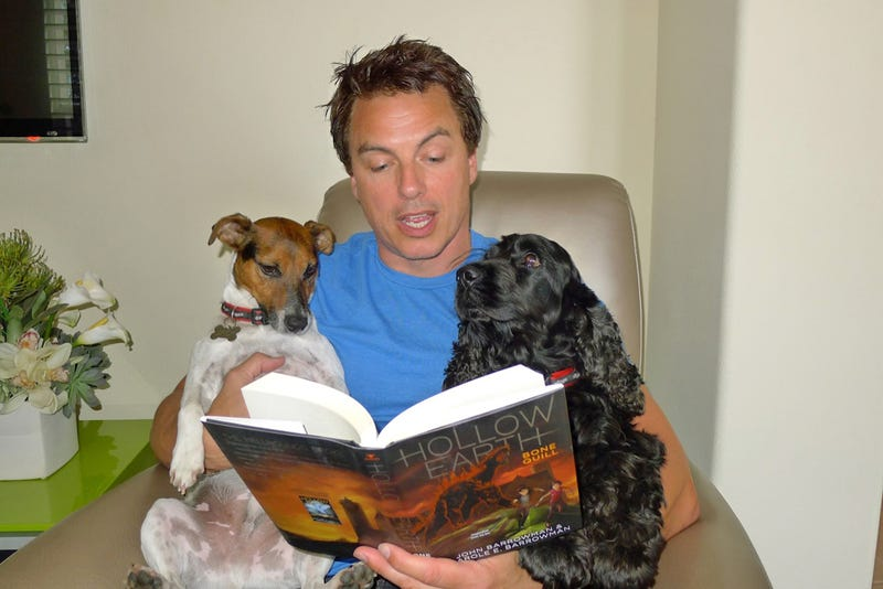 Illustration for article titled Adorable Overload? Barrowman + Small Animals