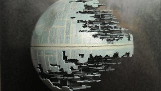 Illustration for article titled That's No Moon...It's An Insanely Detailed Death Star Made Out of a Ping Pong Ball