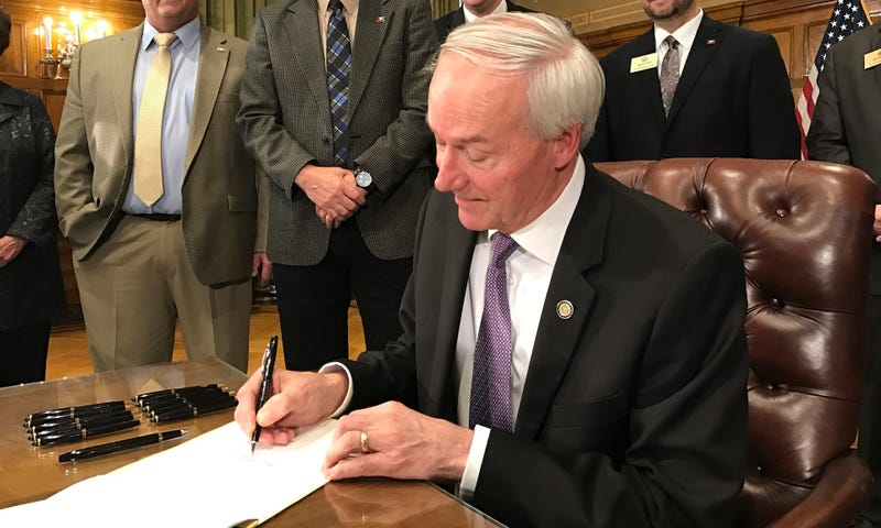 New Arkansas law expands where concealed guns are allowed