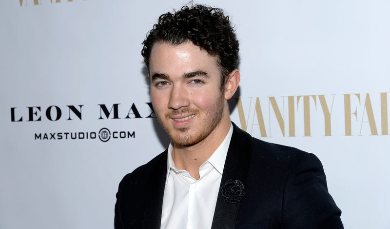 Illustration for article titled Kevin Jonas Has Spent 10,000 Days On Earth, Apparently