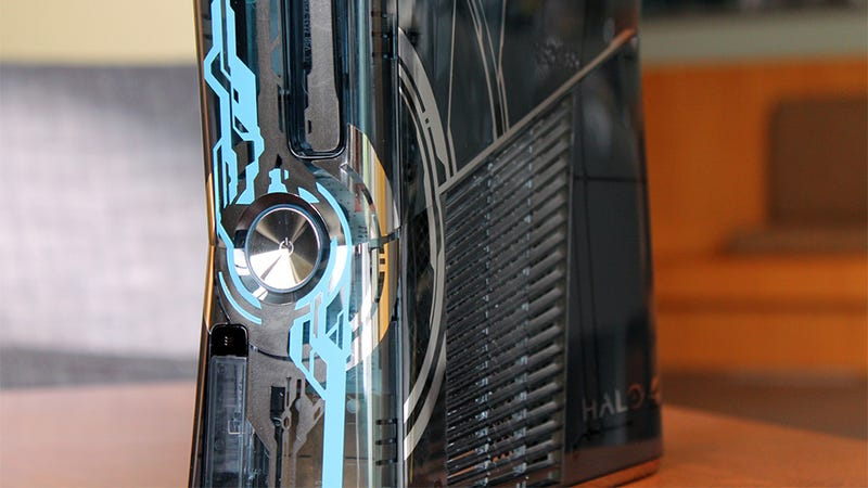 Illustration for article titled OK, That Halo 4 Console Doesn't Look as Bad as I Thought