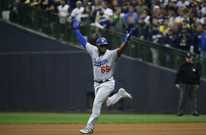 Illustration for article titled Yasiel Puig Homered, Crotch-Chopped, And Enjoyed Himself In Game 7