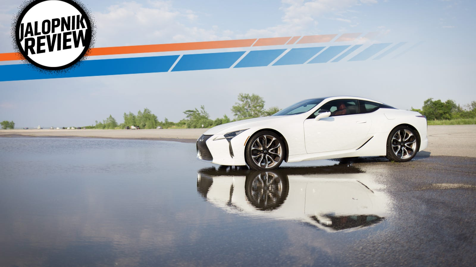 The 2018 Lexus LC 500 Is A V8 Spaceship That Doesnu0027t Care About Todayu0027s Car  Trends