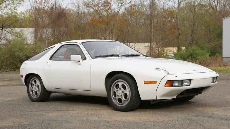 at 7 500 could this 1978 porsche 928 have you singing wake up little butzi. Black Bedroom Furniture Sets. Home Design Ideas