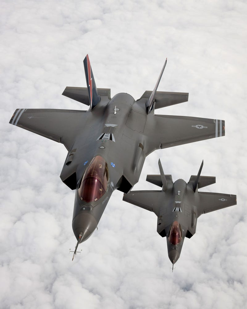 Illustration for article titled F-35 Pair Gallery