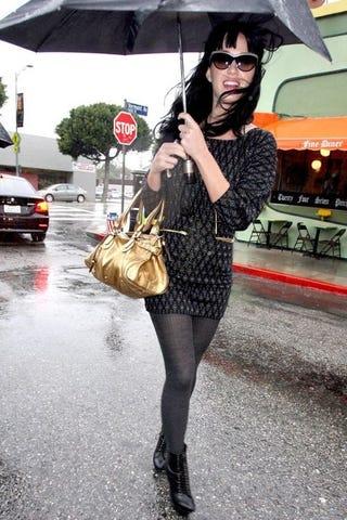 Illustration for article titled Blingin' In The Rain