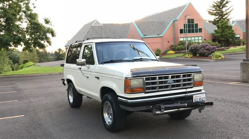 Illustration for article titled At $6,995, Could This 1989 Ford Bronco II Prove More Desirable Than the Original?