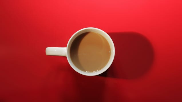 Add Sugar to Your Coffee Before Milk or Cream