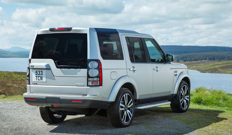 The Motoring World: The Land Rover Discovery 4 takes ...