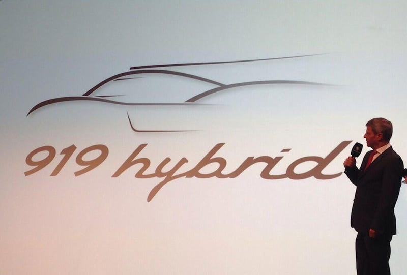 Illustration for article titled Dear Oppo: Help me finding the Porsche model type font