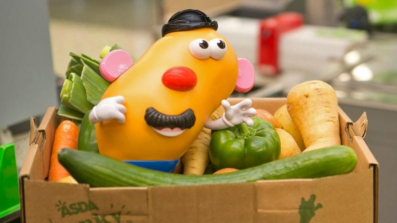 Illustration for article titled Hasbro Made a Wonky Version of Mr. Potato Head to Help Reduce Food Waste