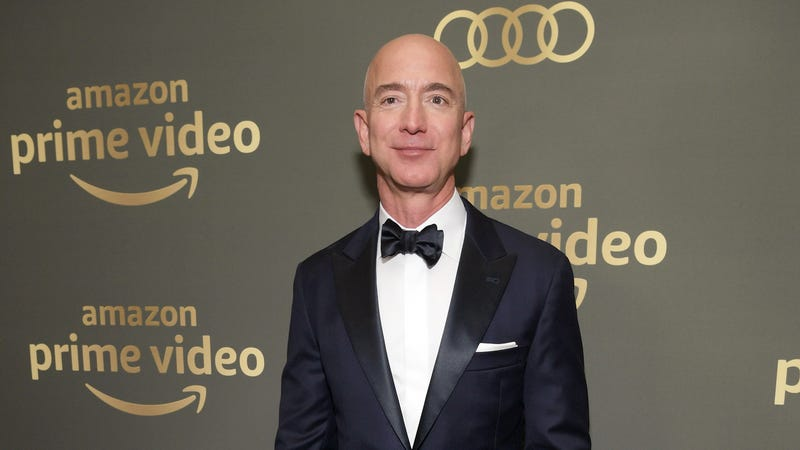 Illustration for article titled Let us contemplate the public state of Jeff Bezos' dick