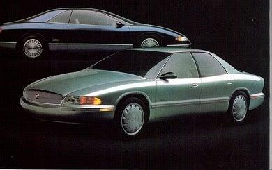 1989 Buick Lucerne (top) and Park Avenue Essence concepts