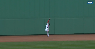 Illustration for article titled Mookie Betts Makes A Gorgeous Catch In Center Field