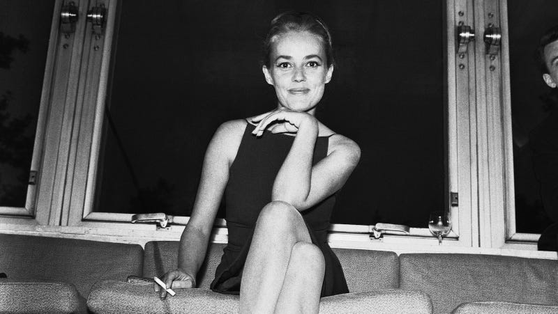 French New Wave Film Icon Jeanne Moreau Dies at 89