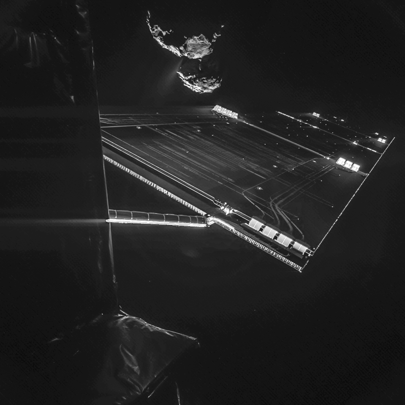Illustration for article titled This Rosetta Spacecraft Selfie Is Amazing