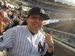 Illustration for article titled Big Yankees Fan, Evoking Lady Gaga, Says We All Missed His Video's Comedic Subtleties