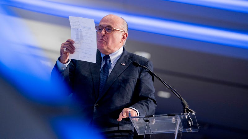 Illustration for article titled Extremely Good Lawyer Rudy Giuliani Claims Trump Killed AT&T-Time Warner Merger, Then Denies It