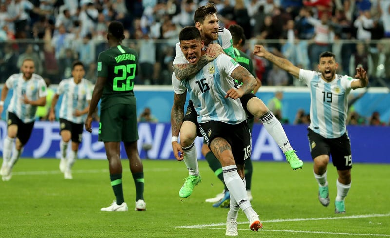 Illustration for article titled Lionel Messi And Marcos Rojo Rescue Argentina From Abject Misery