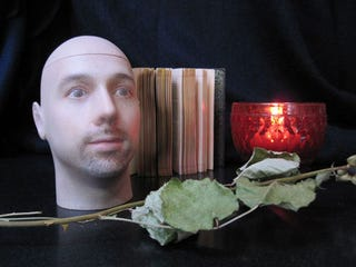 Illustration for article titled Personal Urn Offers You a Chance to Be Supremely Creepy After Death