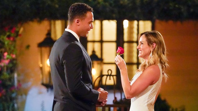 The not-so-secret Bachelorette twist has us wondering if anyone can ever trust this show again