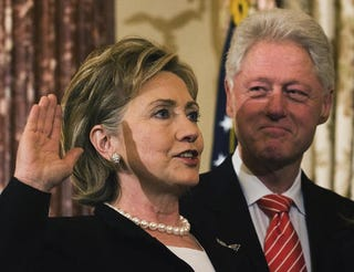 Illustration for article titled Is The Clinton Power Couple Tag-Team Becoming A Liability?