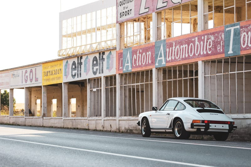 Illustration for article titled Porsche at Gueux
