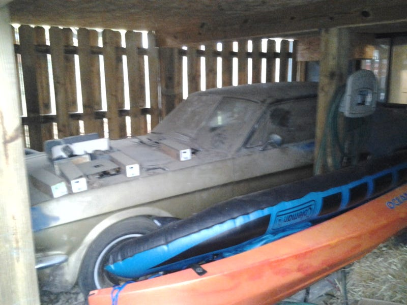 Illustration for article titled NPCP: $1k 1966 Mustang in a barn (now with pics)
