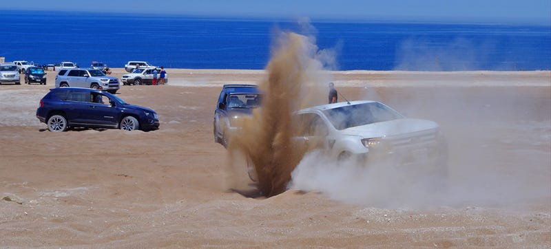 Illustration for article titled 15 Hilarious Off-Road Fails By Clueless Dakar Rally Spectators