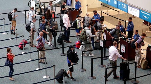 Off-Duty TSA Officer Jumps to His Death at Orlando International Airport