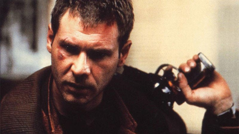 Illustration for article titled We Played With a Perfect Replica of Deckard's Gun in Blade Runner