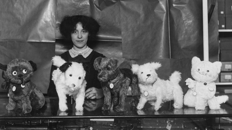 21st November 1911: Toys dogs at a Christmas Bazaar. (Photo by Topical Press Agency/Getty Images)