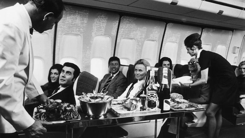 Illustration for article titled In-Flight Wealth Disparity Is Hastening America's Cultural Revolution