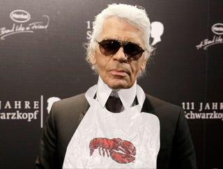 Illustration for article titled Forgetful Karl Lagerfeld Inadvertently Starts Lobster-Bib Trend
