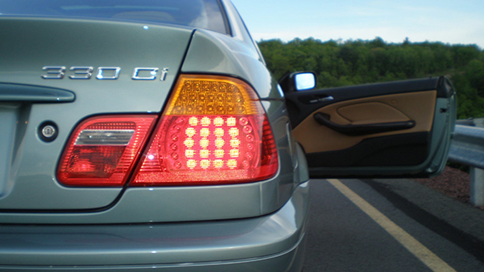 When Your Turn Signal Indicator Blinks Rapidly, Change Your Bulb